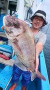 9月15日 テンヤ真鯛船 釣果 4kg級 浮上!!